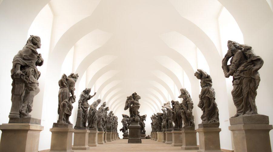 Hospital Kuks - Beelden gallerij