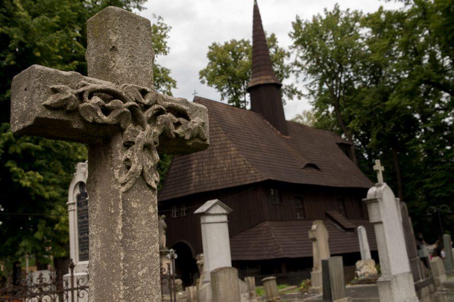 Broumov - oudste houten kerk in Tsjechië